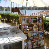 Biblioteca na Praia Fluvial da Tapada Grande